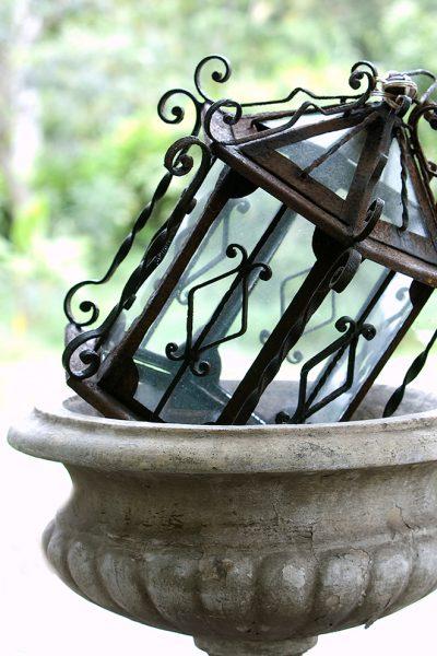 lanterninurn